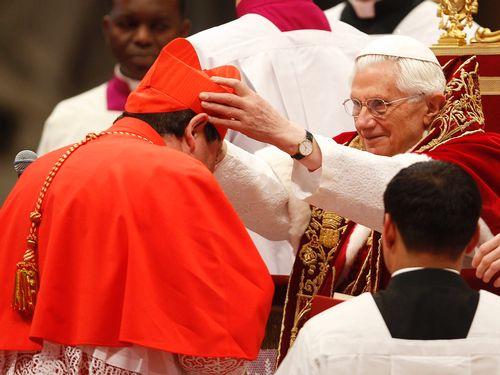 Resultado de imagem para Bispos, Arcebispos e Cardeais: Há diferença